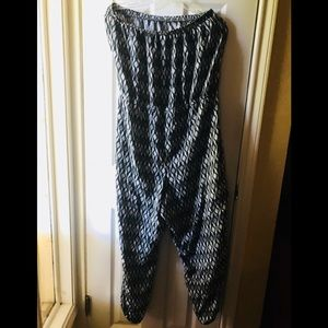 Maurices Other - Maurices B/W Jumpsuit/Romper
